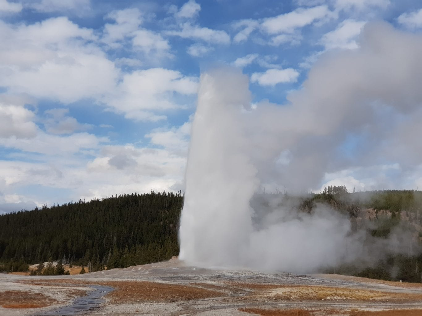 RV Road Trip USA – Diary Days 10-13: Yellowstone
