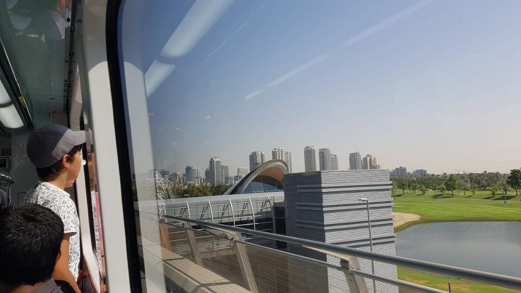 Panoramic views from the Dubai Metro
